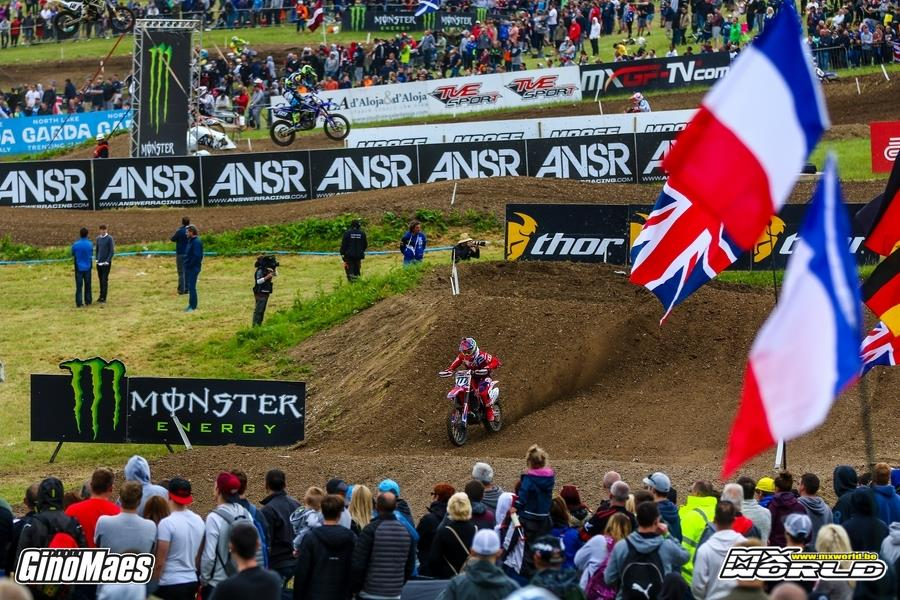 Circuitreclame van TVE Sport bij de Grand Prix in Assen